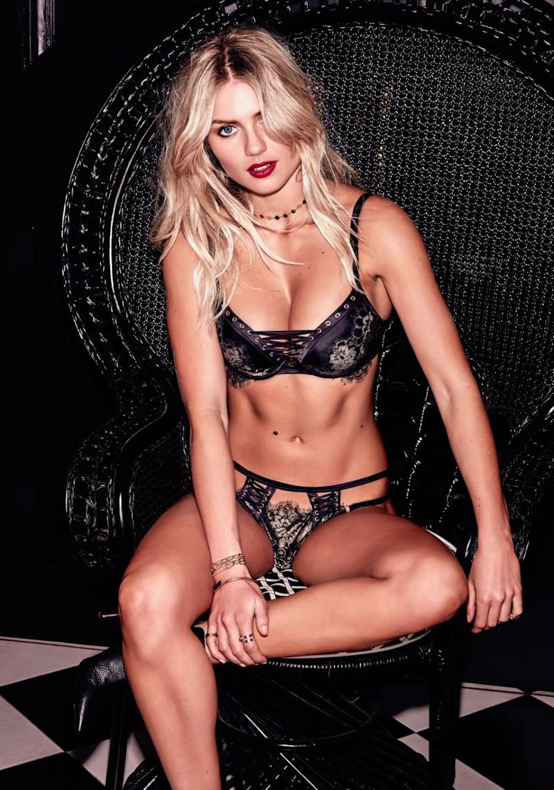 elyse knowles bra and briefs