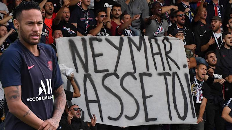 PSG fined for fans' offensive Neymar banner