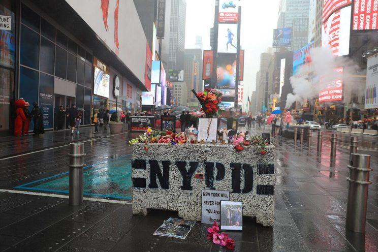 The impromptu memorial in Times Square