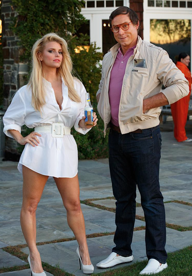 <p>Anyone who's ever seen the comedy classic <i>National Lampoon's Vacation</i> can appreciate Simpson and her hubby dressing as Christie Brinkley and the bumbling Clark Griswold. The wardrobes, particularly Johnson's glasses and khaki jacket, are just too perfect. (Photo: Instagram/jessicasimpson) </p>
