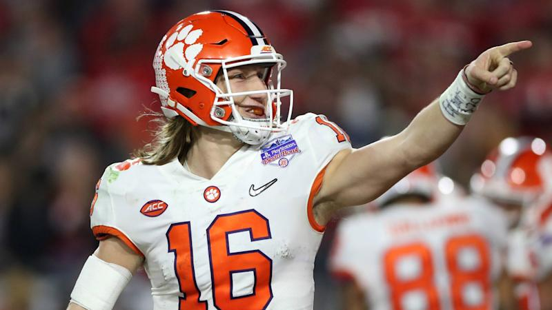 Trevor Lawrence, Chuba Hubbard among 22 players honored in 2020 Allstate AFCA Good Works Team