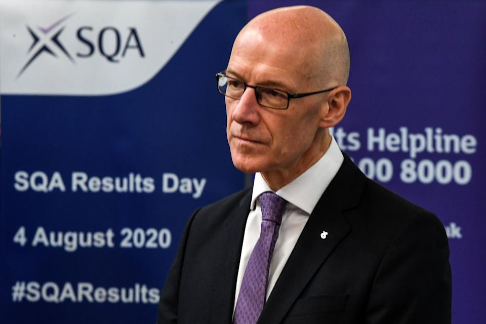 <strong>Deputy first minister of Scotland and education secretary John Swinney visits Stonlelaw High School in Rutherglen on the day pupils receive their exam results.</strong> (Photo: Pool via Getty Images)