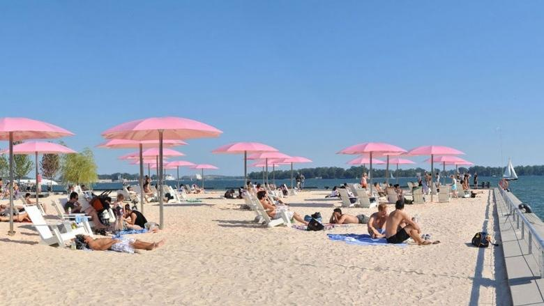 Toronto remains under heat warning as city basks in the sun