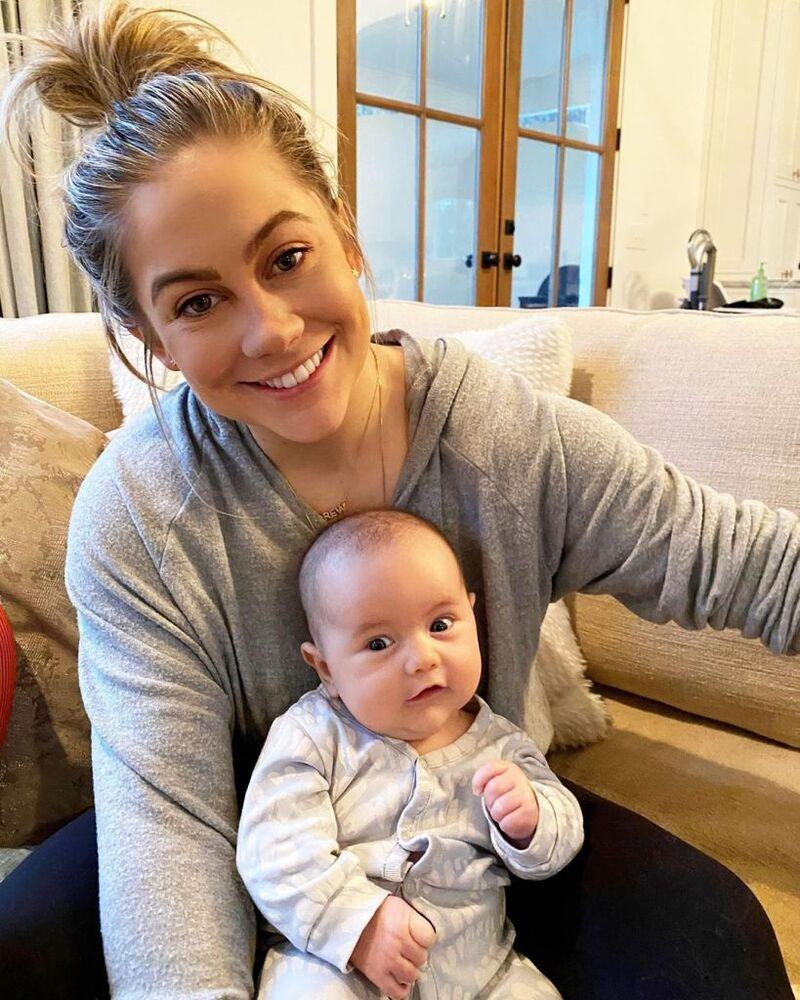 Shawn Johnson with her daughter, Drew | Shawn Johnson East/ Instagram