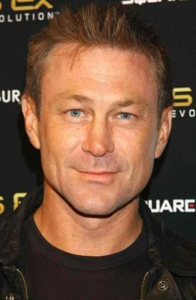 Grant Bowler Cast As Richard Burton Opposite Lindsay Lohan In Lifetime Biopic