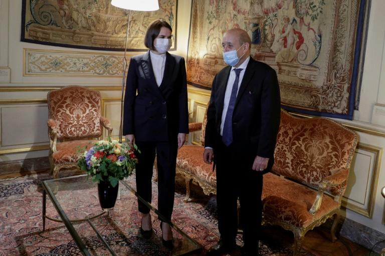 Tikhanovskaya urged French Foreign Minister Jean-Yves Le Drian to use his influence with Russia (AFP/GEOFFROY VAN DER HASSELT)