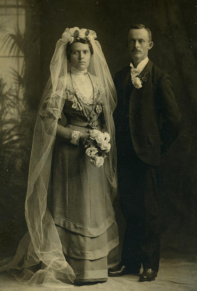 "<p>These fascinating wedding photographs from the 1800s show just how different the approach to shooting one's special day was two centuries ago. (Pictured: Vintage wedding portraits from ""I Do, I Do"" exhibit) </p>"