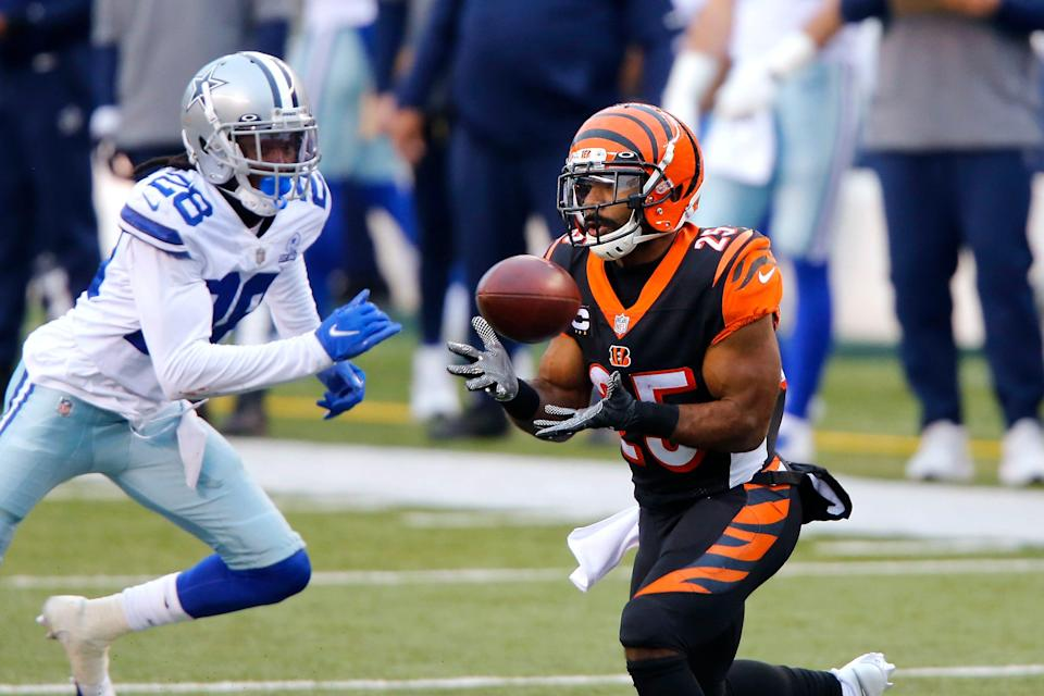 RB Giovani Bernard was the first outside free agent the Buccaneers signed in 2021.