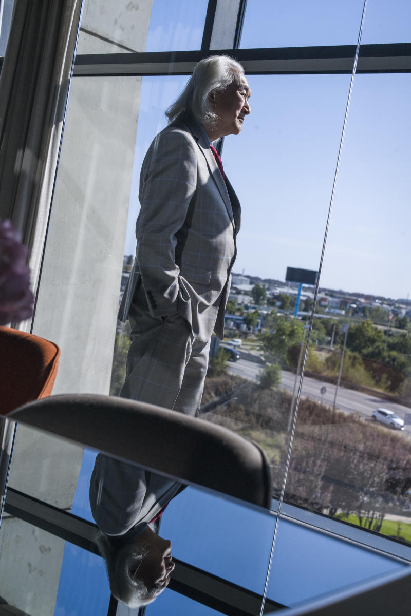 Dr. Michio Kaku at the 2019 Ufology World Congress in Barcelona, Spain. (Photo: José Colon for Yahoo News)