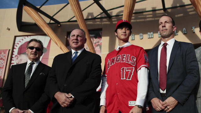 Los Angeles Angels manager Mike Scioscia talks about how to utilize two-way player Shohei Ohtani from the baseball Winter Meetings in Orlando, FL.