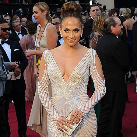 Jennifer Lopez denies wedding claims