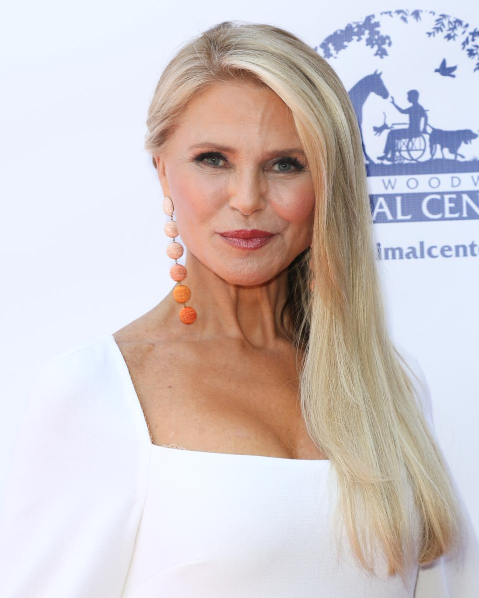 LOS ANGELES, CALIFORNIA - SEPTEMBER 20: Christie Brinkley attends the 2019 Daytime Beauty Awards at The Taglyan Complex on September 20, 2019 in Los Angeles, California. (Photo by Paul Archuleta/FilmMagic )