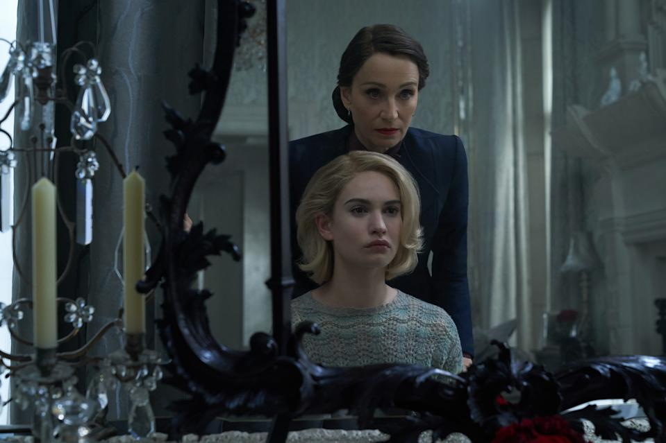 Rebecca: (L to R) Lily James as Mrs. de Winter, Kristin Scott Thomas as Mrs. Danvers. Cr. KERRY BROWN/NETFLIX