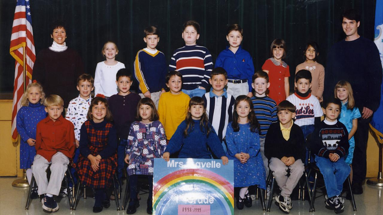 Adam Lanza (second row, second to left) posing with his first grade class at Sandy Hook Elementary in 1999. (Frontline