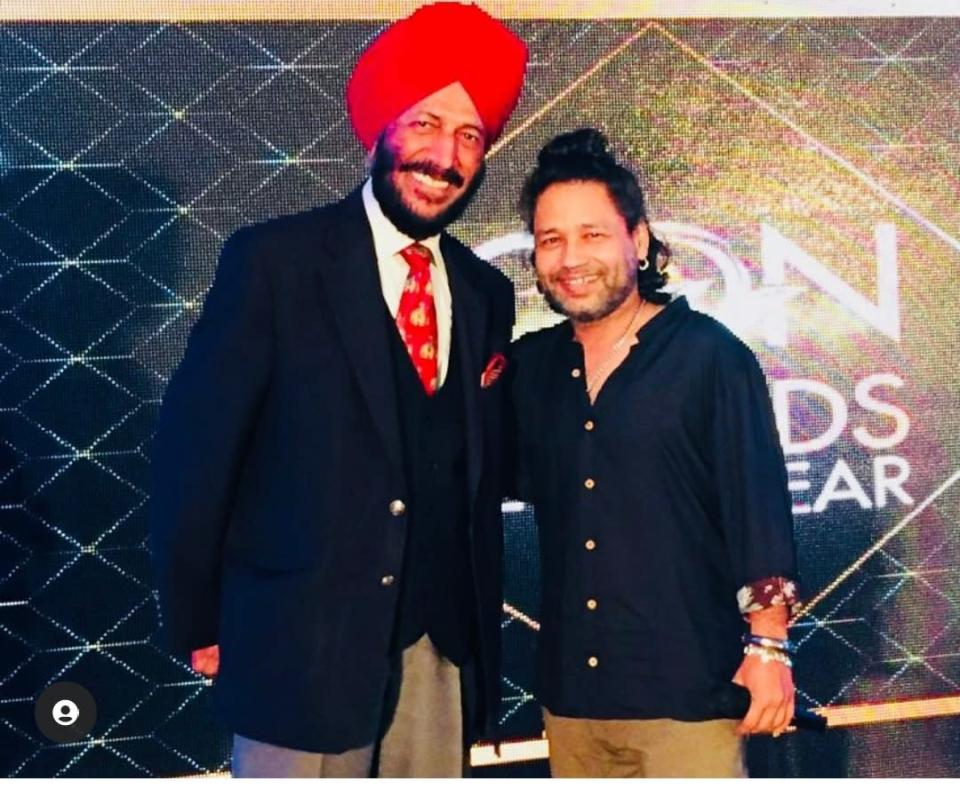 Kailash Kher with late Milkha Singh (Image source: Instagram)