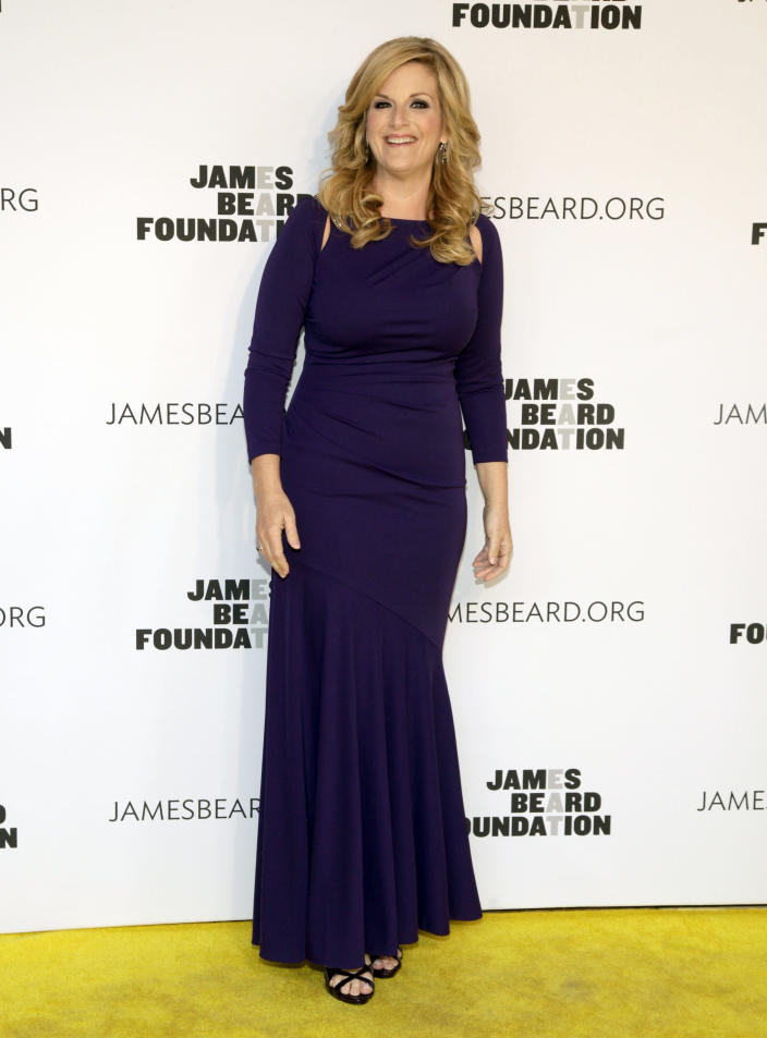 Recording artist Trisha Yearwood attends the 2014 James Beard Foundation Awards on Monday, May 5, 2014, in New York. (Photo by Andy Kropa/Invision/AP)