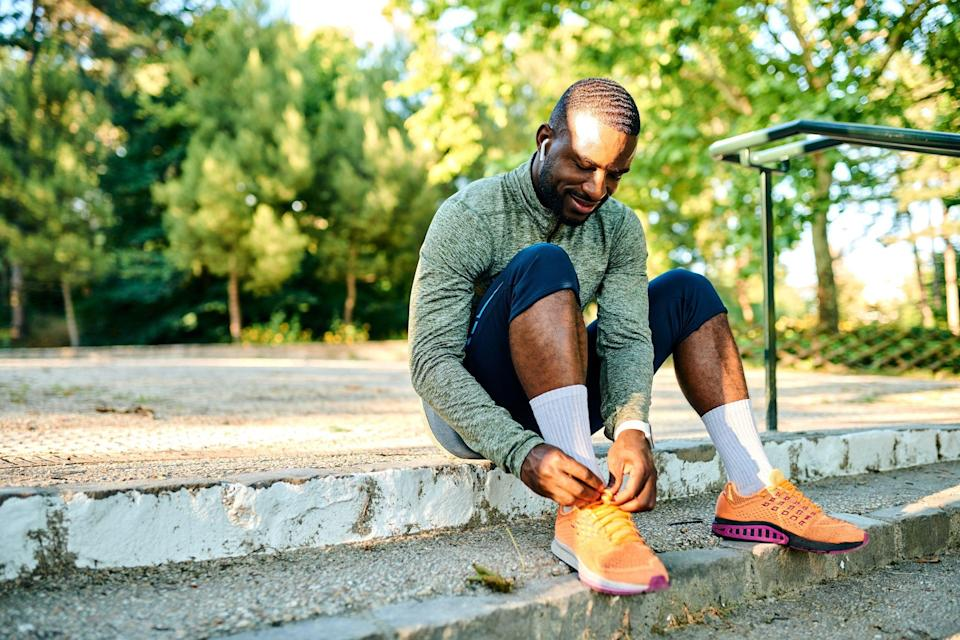 """<p>Waking up refreshed, lacing up, and getting out for a fantastic morning workout isn't always easy. Maybe the snooze button is too tempting to resist, or it feels like it takes you forever to get your gear together, so by the time you're prepped, your workout ends up being much shorter than you want. Or you end up skipping it altogether.</p><p>But you can avoid that morning heel dragging. All it takes is some planning the night before. Here are 30 pre-sleep tips that can give you the post-sleep energy you need to crush any workout.</p><p><em>[Build your personalized and adaptive <a href=""""https://runcoach.com/index.php?option=com_php&Itemid=553&vsrc="""" rel=""""nofollow noopener"""" target=""""_blank"""" data-ylk=""""slk:training plan for FREE with Runcoach"""" class=""""link rapid-noclick-resp"""">training plan for FREE with Runcoach</a>.]</em></p>"""