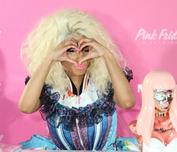 Nicki Minaj Rocks Bizarre Dress To Perfume Launch In Sydney