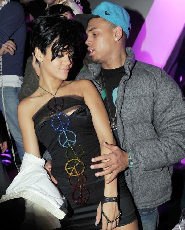 Is chris brown stil hookup rihanna