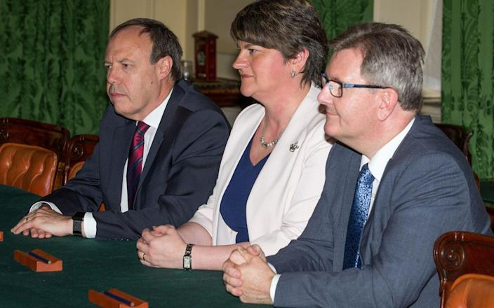 Jeffrey Donaldson (R) is one of two vying to succeed Arlene Foster as DUP leader - Pool