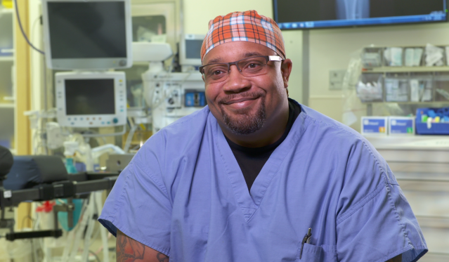 Darthvader Williamson, 39, is a surgical tech in Memphis. (Photo: Yahoo)