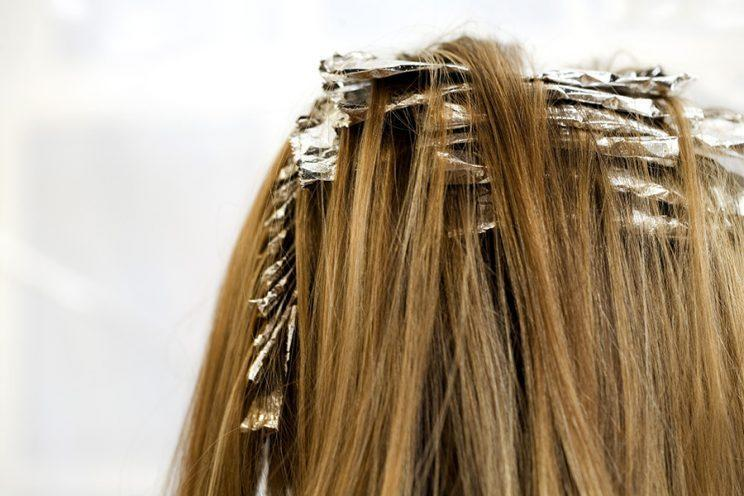 A simple patch test can help you avoid hair-dye fiasco. (Photo: Getty Images)