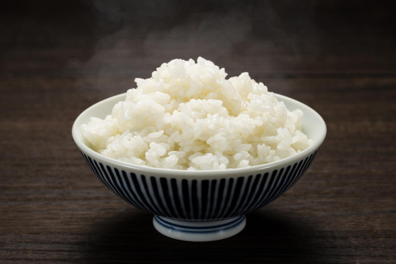 Freshly cooked hot rice, in bowl