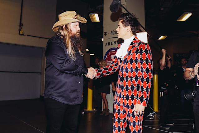 <p>LAS VEGAS, NV – SEPTEMBER 22: Chris Stapleton (L) and Harry Styles attend the 2017 iHeartRadio Music Festival at T-Mobile Arena on September 22, 2017 in Las Vegas, Nevada. (Photo: Getty Images for iHeartRadio) </p>