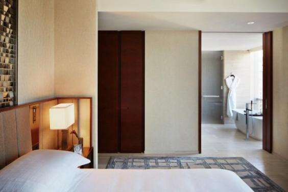 The rooms at Park Hyatt New York are designed by Yabu Pushelberg (Park Hyatt New York)