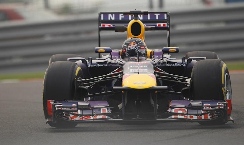 Vettel claims 3rd straight Indian GP pole
