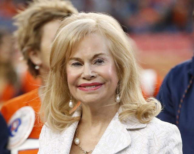 FILE - In this Nov. 19, 2017, file photo, Annabel Bowlen, wife of Denver Broncos owner Pat Bowlen, looks on during an NFL football game between the Broncos and Cincinnati Bengals, in Denver. The wife of Denver Broncos owner Pat Bowlen says she has Alzheimer's, a disease which led her husband to give up control of the team four years ago. In an announcement Wednesday, June 27, 2018, Annabel Bowlen said she wanted to make her diagnosis public right away to help raise awareness about others dealing with it.(AP Photo/Jack Dempsey, File)