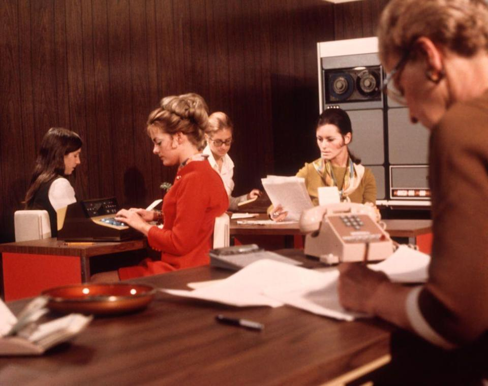 <p>Many offices stuck with old-school interior design. One trend that took off in the 1970s was wood paneling, in offices <em>and </em>in homes. </p>
