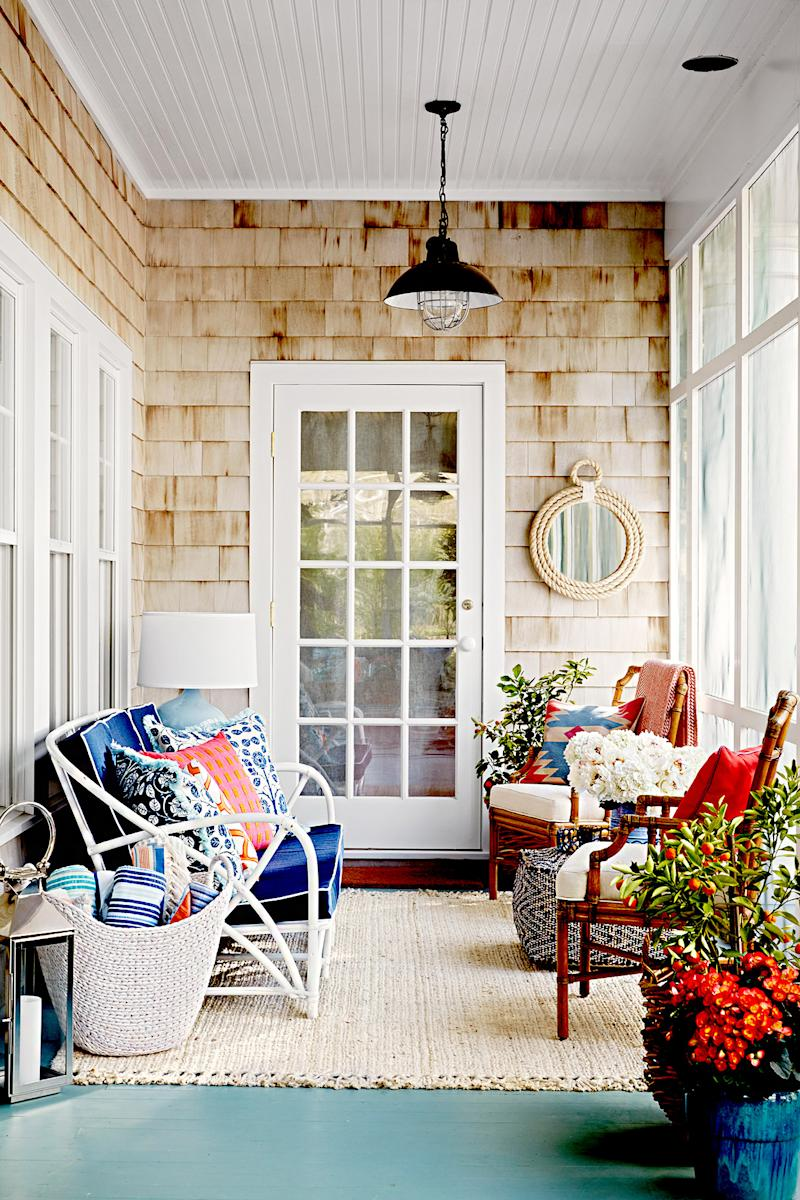 It's Confirmed: These Are the Prettiest Porches That Ever Happened