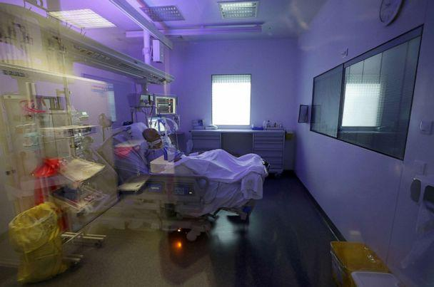 PHOTO: A patient suffering from the coronavirus disease (COVID-19) is treated in the Intensive Care Unit (ICU) at the Hopital Europeen hospital in Marseille, France, September 8, 2020. (Eric Gaillard/Reuters)