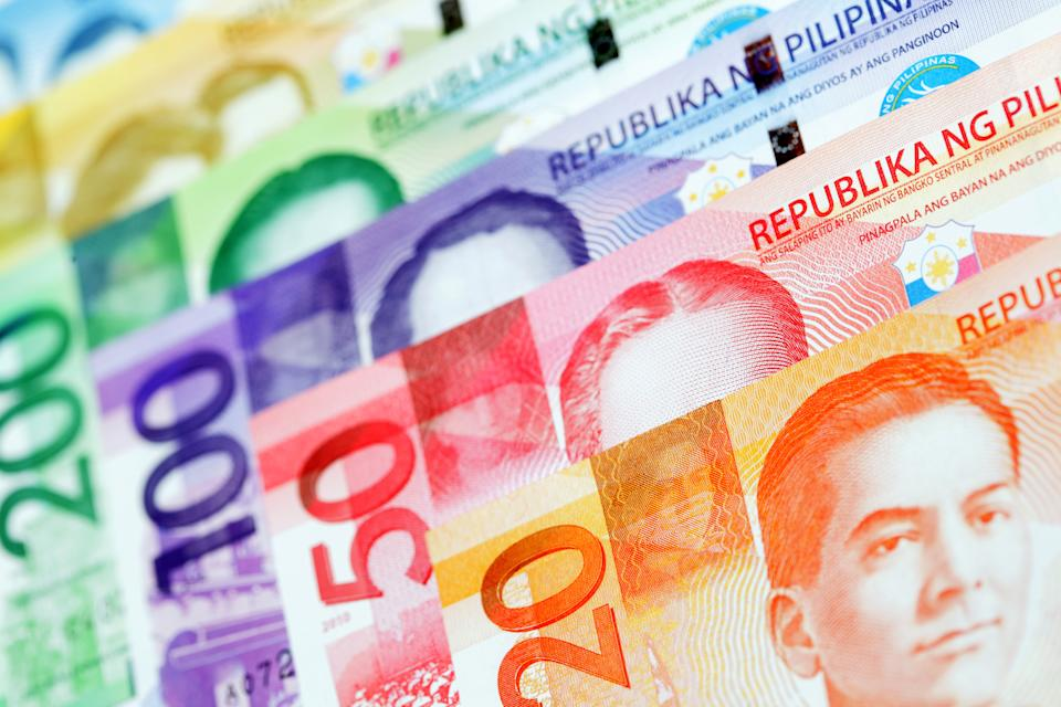 Set of New Design/Bangko Sentral ng Pilipinas Banknote series.