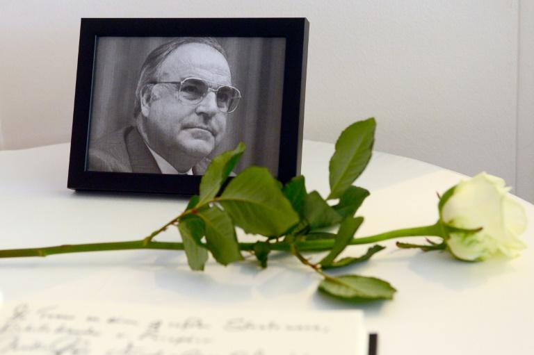Helmut Kohl, father of German unification, dies at age 87