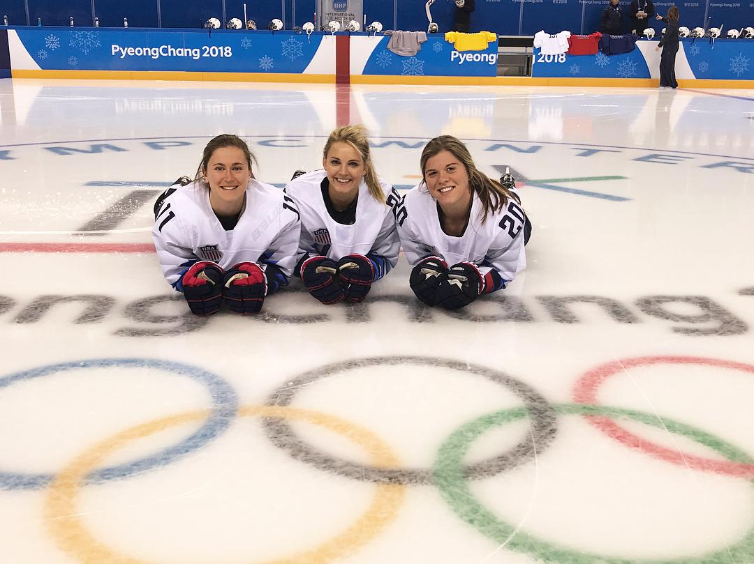 <p>Amanda Kessel USA, hockey: Day 6: McCafe Capp, Picture day, practice, McCafe Capp,media day, McCafe Capp, roomie pics ☕️☕️☕️(Photo via Instagram/amandakessel28) </p>