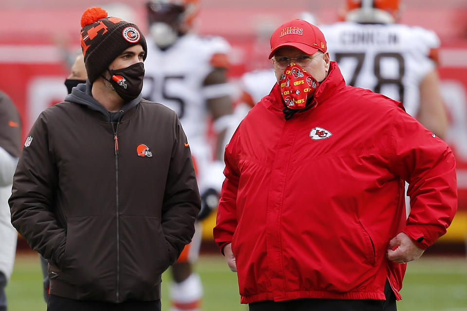 Browns head coach Kevin Stefanski (left) didn't go for it on his fourth down. Chiefs head coach Andy Reid did, and his team was rewarded. (Photo by David Eulitt/Getty Images)