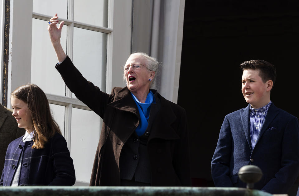 Queen Margrethe sings national anthem from Danish royal balcony