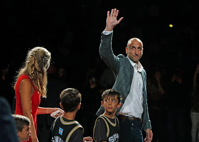 Spurs fans and former teammates paid Manu Ginobili a rousing tribute Thursday. (Getty)