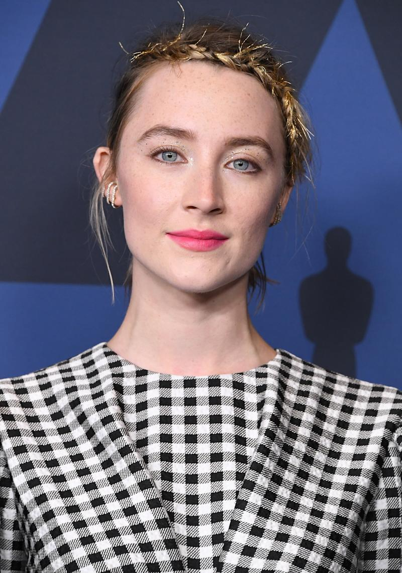 Saoirse Ronan's Shimmery Gold Eye Statement Is Your New Evening Go-To