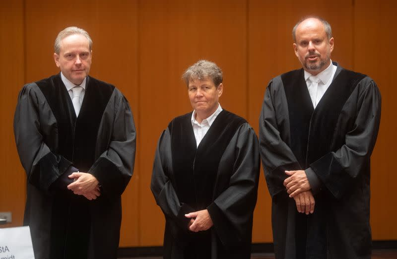 Four former Volkswagen executives go on trial