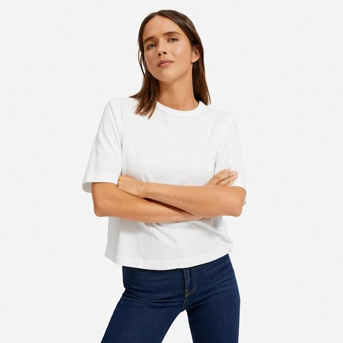 """Everlane <a href=""""https://www.glamour.com/gallery/best-t-shirts-for-women?mbid=synd_yahoo_rss"""" rel=""""nofollow noopener"""" target=""""_blank"""" data-ylk=""""slk:T-shirts"""" class=""""link rapid-noclick-resp"""">T-shirts</a> are the first to go once marked down. So yeah, you should add this to your cyber basket, stat. (P.S.: This style is available in three other colors, in case you want to snag more than one.) $25, Everlane. <a href=""""https://www.everlane.com/products/womens-organic-cotton-easy-raglan-tee-white?collection=womens-sale"""" rel=""""nofollow noopener"""" target=""""_blank"""" data-ylk=""""slk:Get it now!"""" class=""""link rapid-noclick-resp"""">Get it now!</a>"""