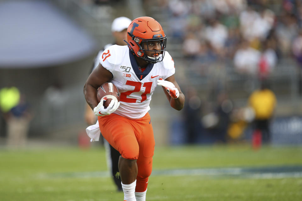 Illinois running back Ra'Von Bonne