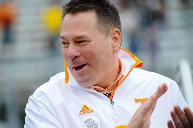 Tennessee coach Butch Jones showed off some impressive dance moves (Video)