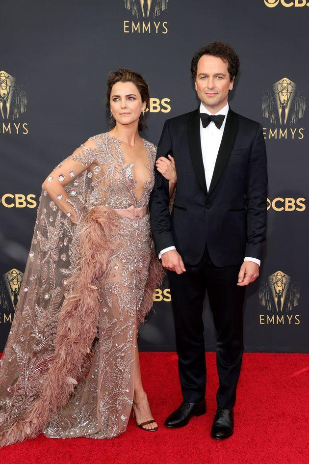 Keri Russell and her partner, Matthew Rhys, attend the 73rd Primetime Emmy Awards on Sunday in Los Angeles. (Photo: Rich Fury/Getty Images)