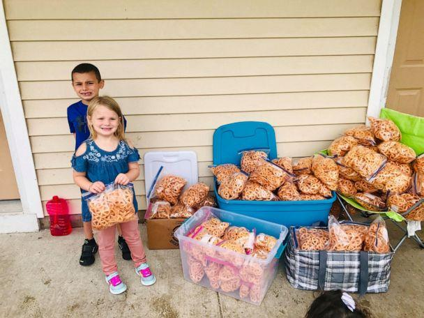 PHOTO: The Quezada family make and sell fried pinwheel chips to raise money for back to school supplies for kids in need. (Jackie Quezada)