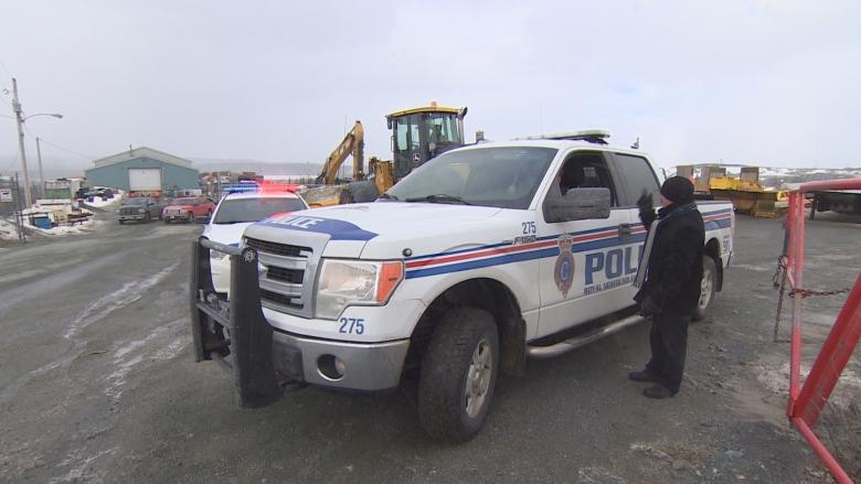 Police, medical examiner working to ID body found in St. John's gravel pit