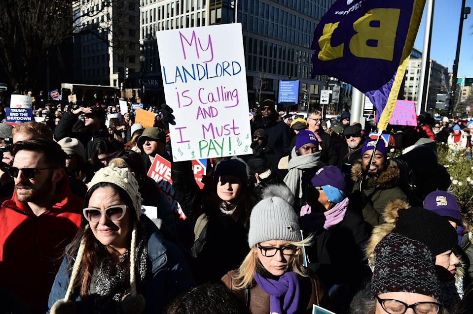 Union workers demonstrate against the government shutdown on Jan. 10, 2019 in Washington, D.C. (Photo: Nicholas Kamm/AFP/Getty Images)