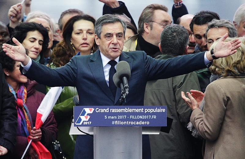 French presidential election Francois Fillon (centre) addresses supporters during a rally in Paris, on March 5, 2017